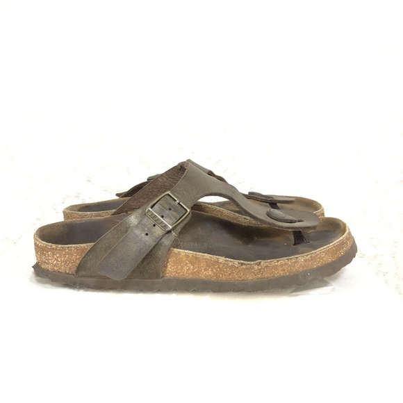 4998925bc5a7 Birkenstock Shoes - Birkenstock Gold Flip Flop Women s Sandals 37